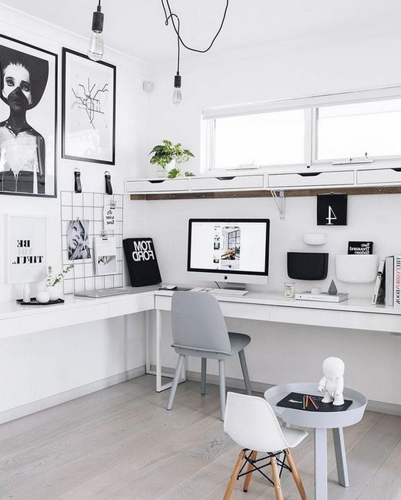 ชื่อรูป: Desk set ideas for the year 07 ประกอบเนื้อหา: รวมภาพโต๊ะทำงานสวยๆ เพื่อเป็นไอเดียจัดโต๊ะทำงานปี 2020