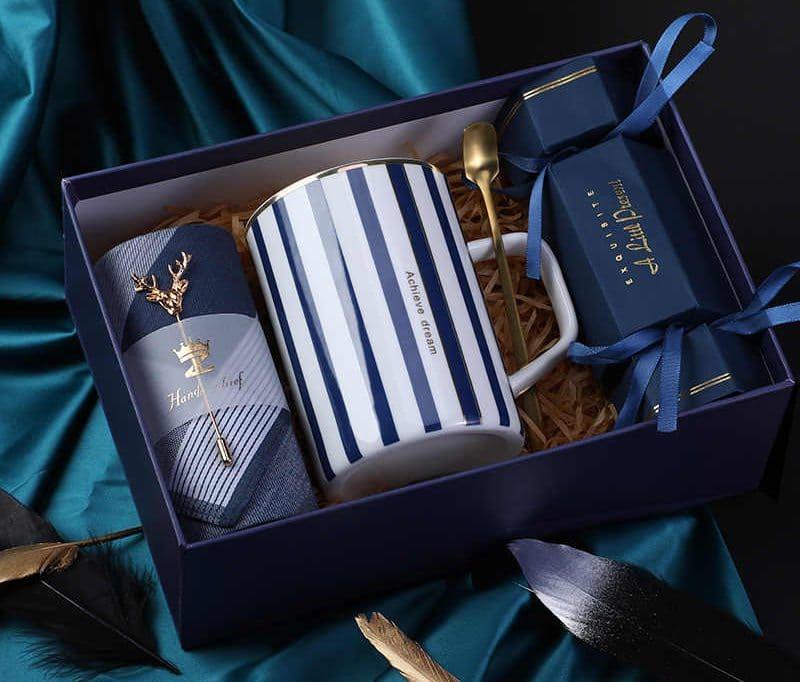 ชื่อรูป: gift 24 e1606730292876 ประกอบเนื้อหา: ไอเดียของขวัญปีใหม่ 2021 สำหรับให้ผู้ใหญ่ เจ้านายและลูกค้า